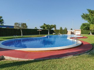 Awesome home in Torrevieja w/ 2 Bedrooms