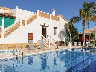 Nice home in Rojales w/ WiFi and 3 Bedrooms