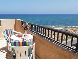 Beautiful home in La Mata w/ 1 Bedrooms