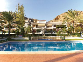 Nice home in Santa Pola w/ Outdoor swimming pool and 3 Bedrooms