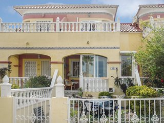 Awesome home in Orihuela Costa w/ 2 Bedrooms