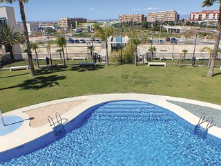 Beautiful home in Santa Pola w/ Outdoor swimming pool and 3 Bedrooms