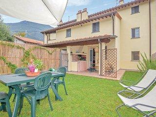 Beautiful home in Camaiore -LU- w/ WiFi and 3 Bedrooms