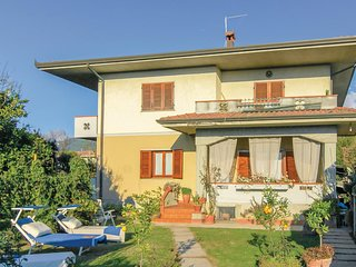 Stunning home in Montignoso -MS- w/ WiFi and 3 Bedrooms