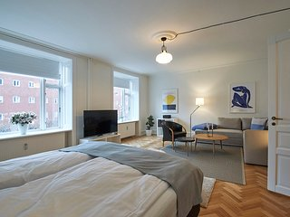 3-bedroom apartment close to Nyhavn and Queens Palace Amalienborg