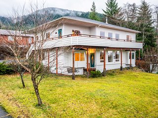 NEW! Ketchikan Home w/Bay Views - By Hiking Trails