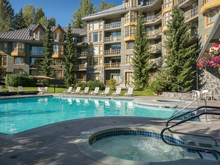Studio Suite - Whistler Village! | Pool + Hot Tub
