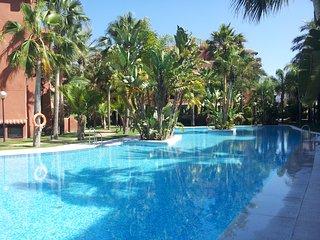 Piso junto al campo de golf en Playa Granada