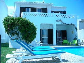 8 person south-facing Villa in Luz, Algarve with pool and seaviews