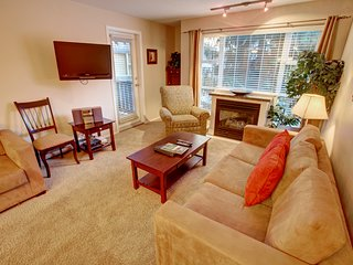 Deluxe Condo with Cozy Fireplace and Private Balcony | FUN AMENITIES!