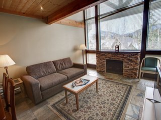 Ski-In Apartment Near Whistler with Free Wi-Fi and Pool Access!!!