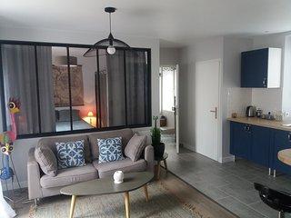 Bel appartement calme avec balcon, centre ville