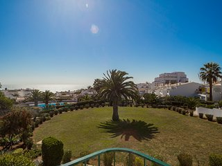 Sea View Apartment H