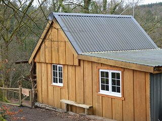 74133 Log Cabin situated in Chulmleigh (2mls S)
