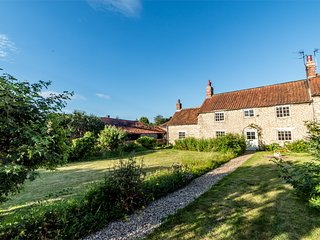 G0166 Cottage situated in Hovingham