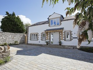 G0152 Cottage situated in West Witton