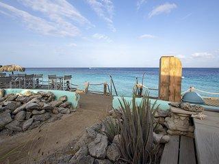 Kas di Bientu at Windsock Beach
