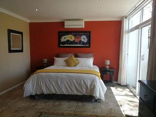 Fever Tree Suites - Luxury accommodation within the tranquillity of Northcliff