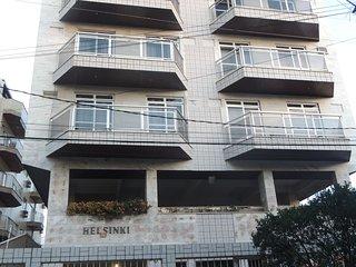 Apartamento confortável com 2 quartos - próximo de tudo