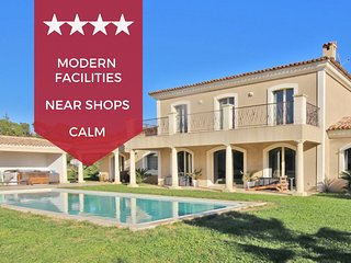 ❤️☀️ Eclectic villa with swimming pool and jacuzzi ☀️❤️ 20 min from Cannes!