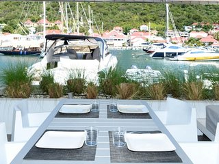Villa Harbour Loft | Waterfront - Located in Magnificent Gustavia with House C