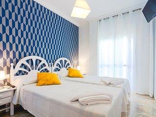 Habitacion con vista a calle Pintada 102 Dobles con dos camas y bano privado