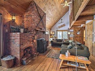 NEW! Secluded Upscale Cabin - Near Jay Peak Resort