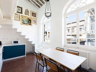 Sonder | Piazza Trilussa | Design 2BR + Sofa Bed