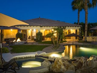 Luxurious Home w/ Fire Pit, Outdoor Kitchen, Heated Pool & Spa and More