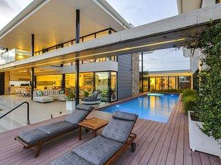 Gold Coast Modern Masterpiece