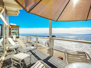 2BR, 2BA Beachfront Home w/ Panoramic Ocean Views - 2.7 Miles to Malibu Pier