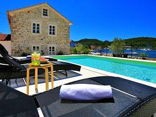 Beachfront Stone villa with pool for rent island Ugljan