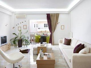 Dream City Apartment, near Beach & Venetian Port
