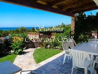 Chia, Villa Mariella, 80 metri spiaggia,6p, ariac,giardino con prato