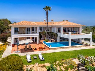 5 bedroom Villa with Pool, Air Con and WiFi - 5775784