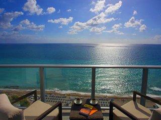 Hyde Beach Resort. Apartment 2 Bedroom Ocean Front
