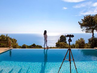 Luxury Villa Mirtes Close to Porto Katsiki with Private Pool And Seaviews
