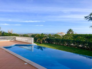 3 bedroom Villa with Pool, Air Con and WiFi - 5775259