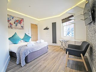 Flat 5 Grosvenor Studio's ideal for Race Course, Tourist attractions, cathedral