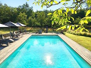 La Chartreuse du Maine : 3 holiday homes in a unique private estate in Dordogne