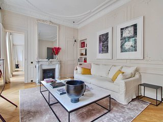 Sumptuous Apt 2 Bedrooms - Faubourg St Honore