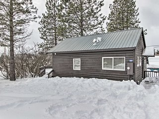 NEW! Charming Ronald Cabin - 2 Mi to Cle Elum Lake