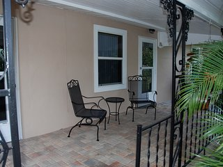 Seasonal Duplex (2) Apartments - Interview with Owner Required Before Booking