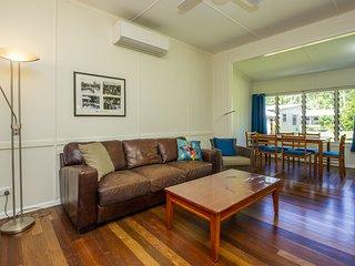 Kooyong Apartment 4 - Arcadia, QLD