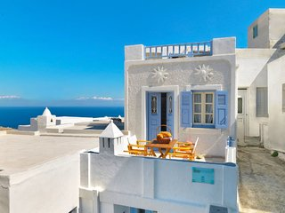 2 bedroom Villa with Air Con, WiFi and Walk to Shops - 5775138