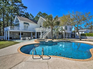 Spacious Pass Christian Home w/Pool & Fishing Dock