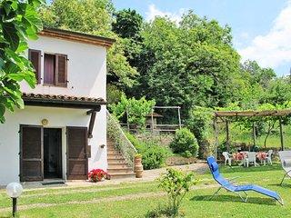 2 bedroom Villa with Walk to Shops - 5775750