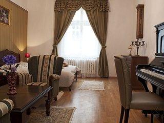 Spring Sonata apartment in Stare Miasto with WiFi & air conditioning.