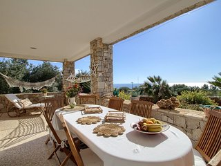Pizzica luxury  apartment in Marina San Gregorio with WiFi, air conditioning, pr