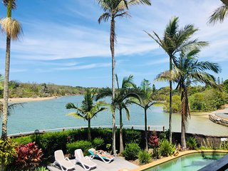 Absolute Riverfront Apartment - Balcony Overlooking Pool - Kingscliff